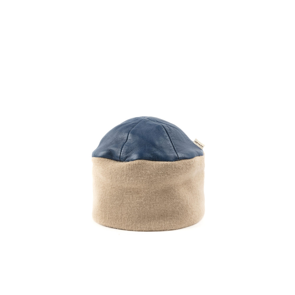 Bonnet - Glossy leather - Blue color