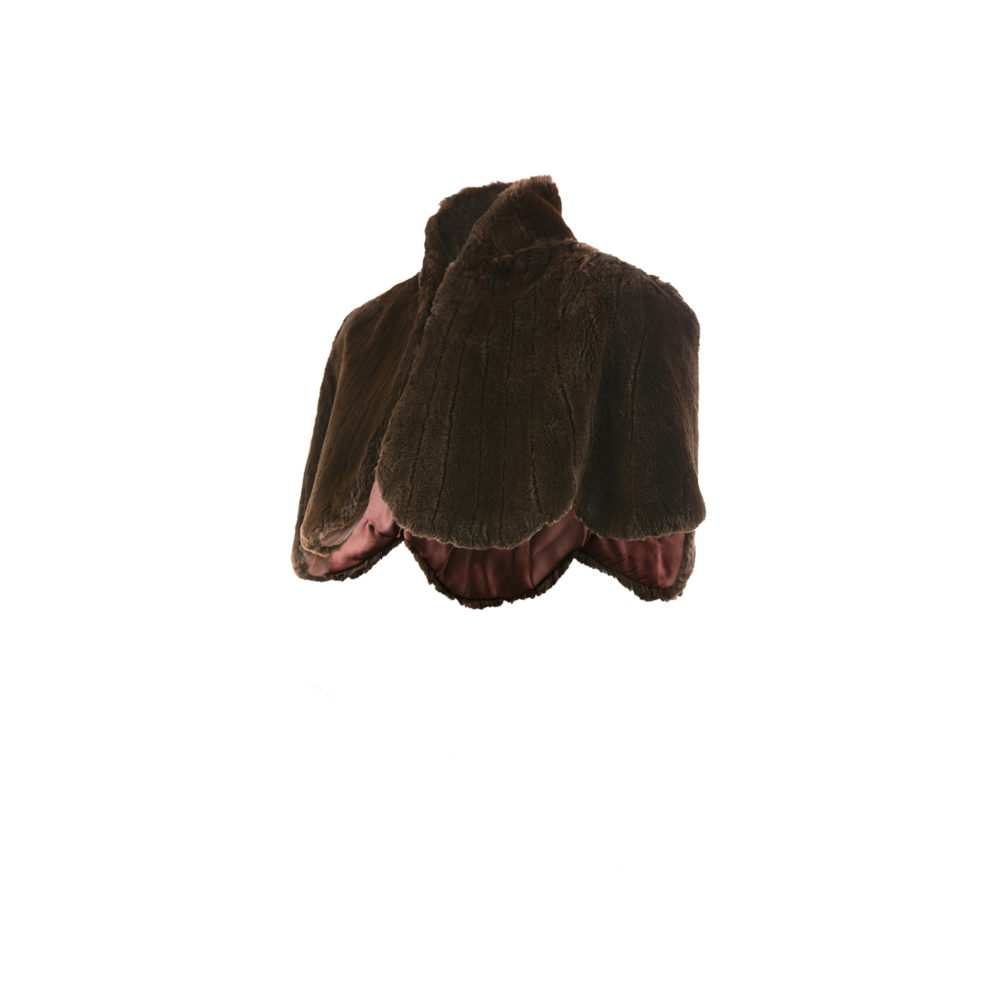 Cape - Rabbit fur - Brown color