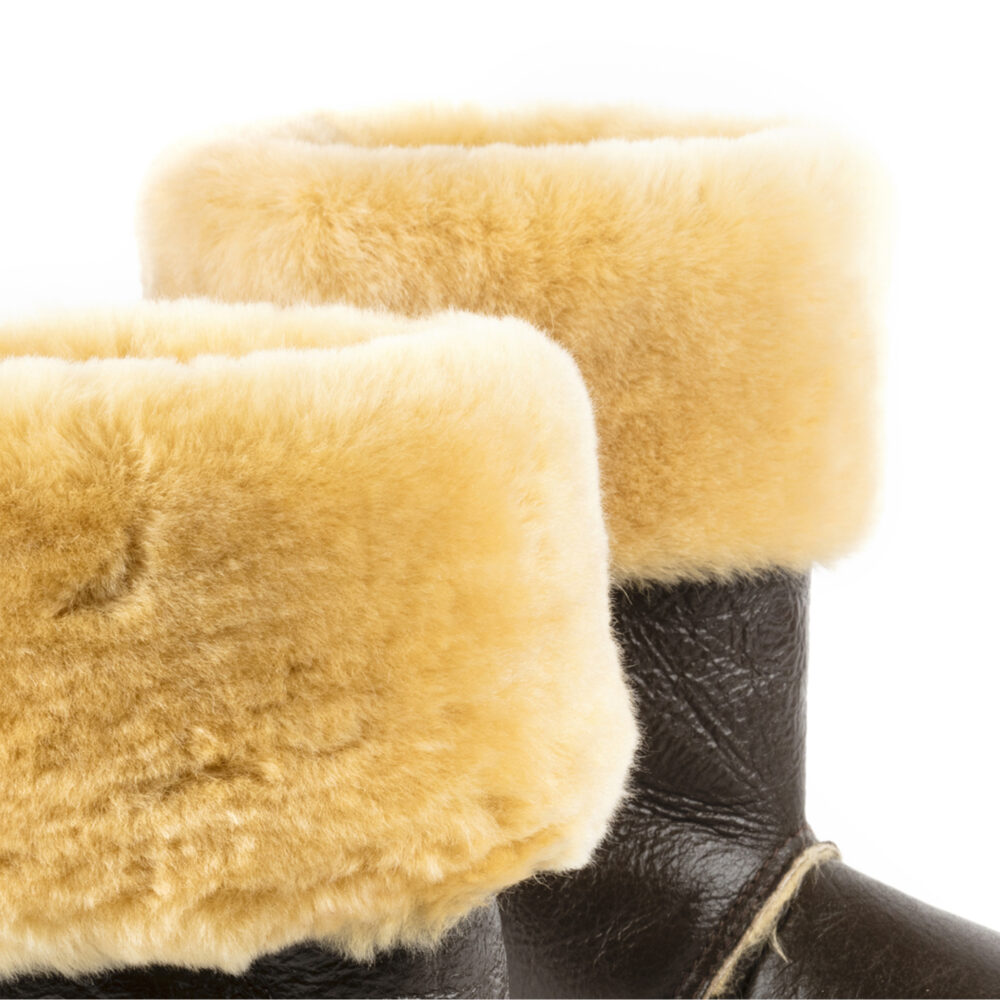 CHAP'S - Varnished shearling - Brown color